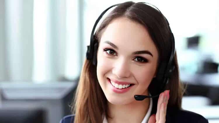 Comment peut être un agent de call center ?